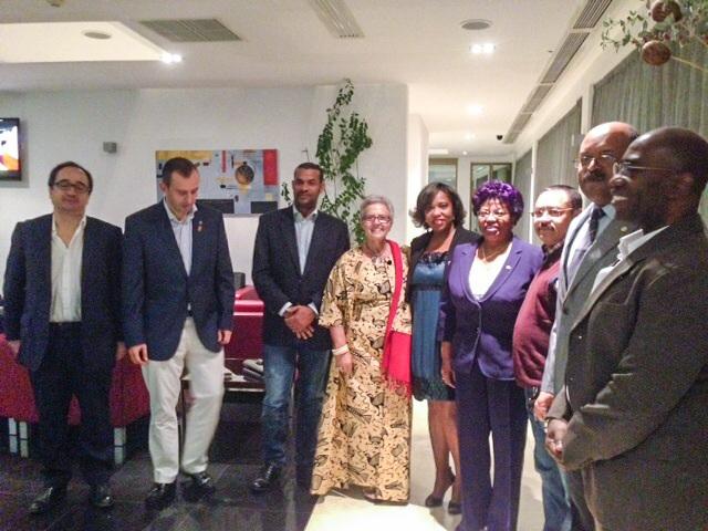 Visita ao nosso Clube dos companheiros dos Rotary Clubes de Luanda e Lunda Sul  para reuniao conjunta