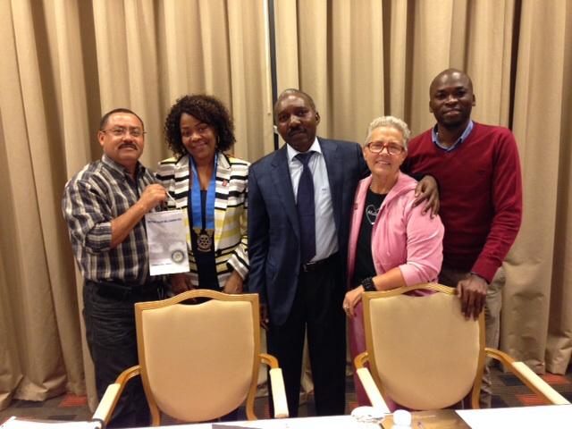 companheiro Manuel Correia fez a sua recuperacao no Rotary Club de Luanda Sul