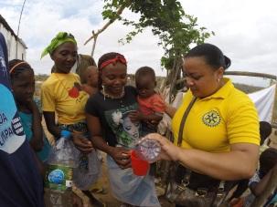 Agua tratada atraves do filtro de agua no Culango 08/11/2014