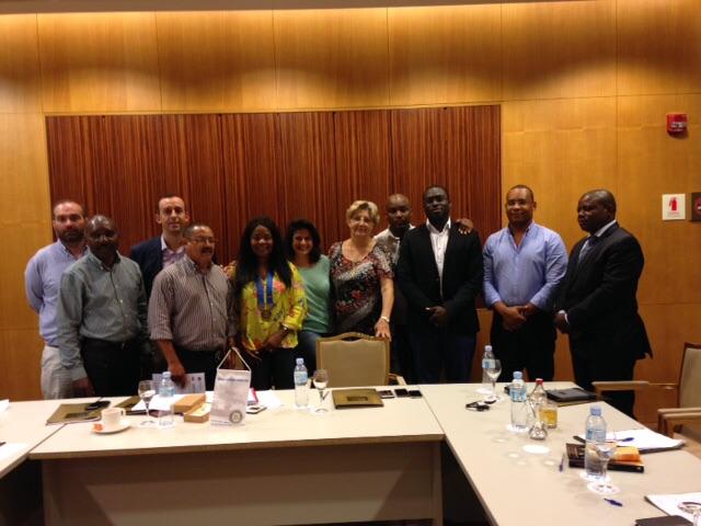 Recuperação dos Companheiros Manuel Correia e Bruno no Rotary Club de Luanda sul